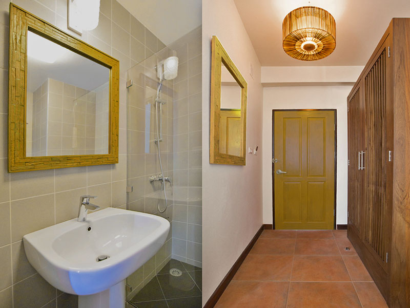 SUPERIOR TRIPLE ROOM • BATHROOM